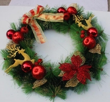 China manufacture Christmas ornament high-end Christmas pine needle xmas wreath with fly deer