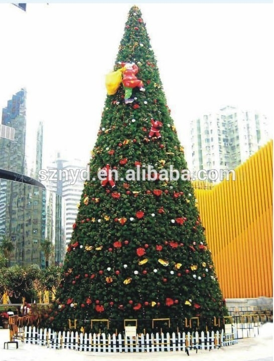 Customized outdoor giant artificial metal frame christmas tree with PVC leaves