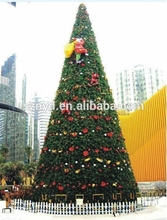 wholesale mountain king outdoor giant artificial metal frame christmas tree with PVC leaves