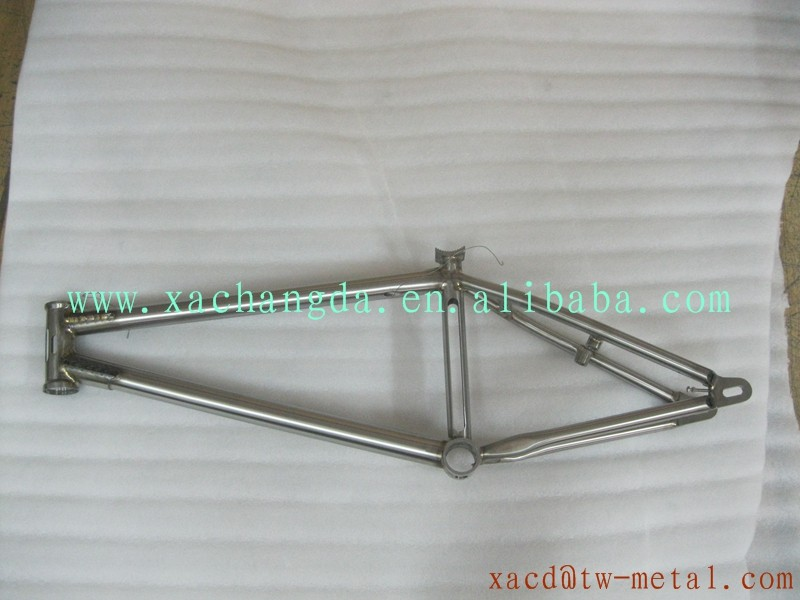 Keeping weld bead design titanium BMX bike frame with handing brush finished made in China BMX Bicycle Frame