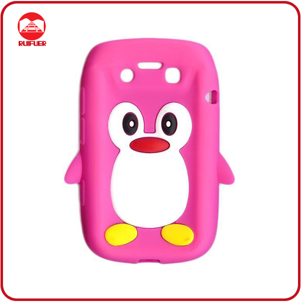 High Quality Cute Penguin Soft Animal Silicone Case for Blackberry Bellagio 9790