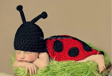 Ladybird Newborn Photography Props Baby Outfits Costume Hand Crochet Knit Infant Beanie Hat with Cape