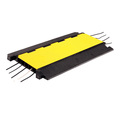 5 channel stage using cable speed bump with yellow lid
