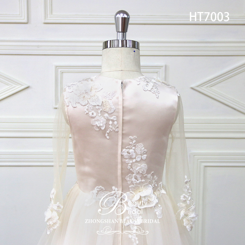 wholesale high quality pretty and cute flower girl dress for wedding