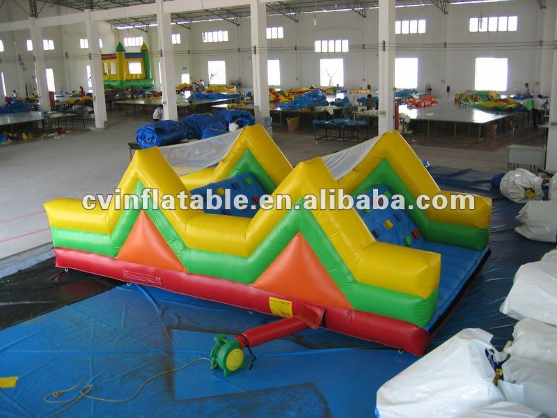 2012 custom 0.55mm inflatable obstacle on sale/giant inflatable obatcle maze for kids/best selling inflatable obatcle course