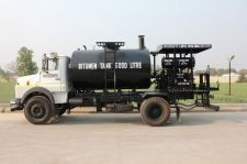 Asphalt Distributor/Bitumen Distributor Vehicle Supplier Company India