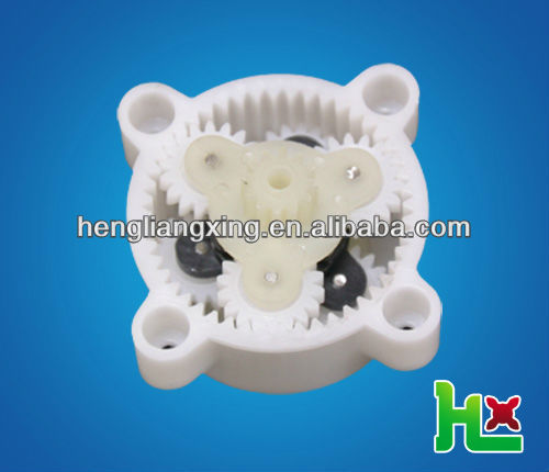 Small plastic planetary gear set for automatic machine