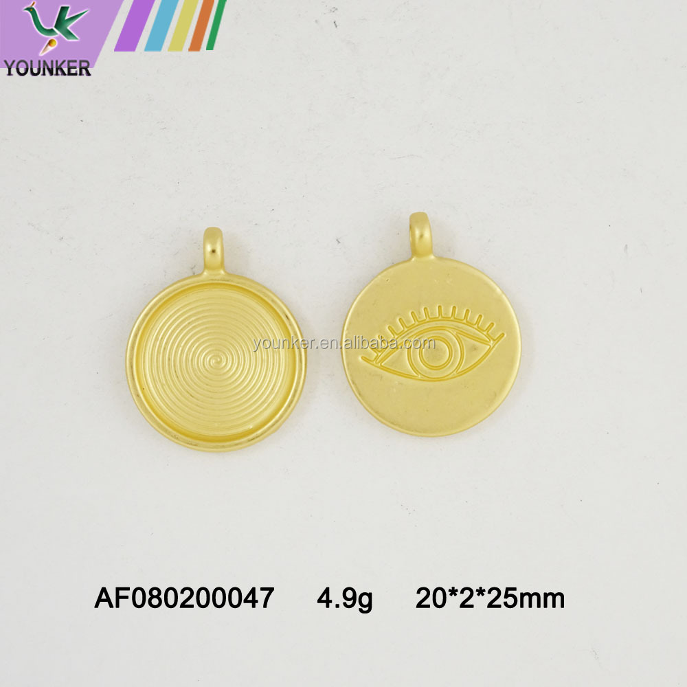 Round Shape Custom Engraved Logo Metal Jewelry Tags For Bracelet/Necklace Zinc Alloy Pendants and Shape Alloy Charm Pendant
