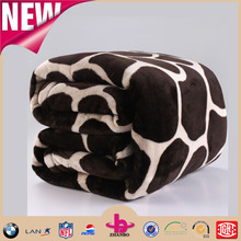 Deer pattern cheap wholesale flannel fleece blanket simple design polyester fabric throw