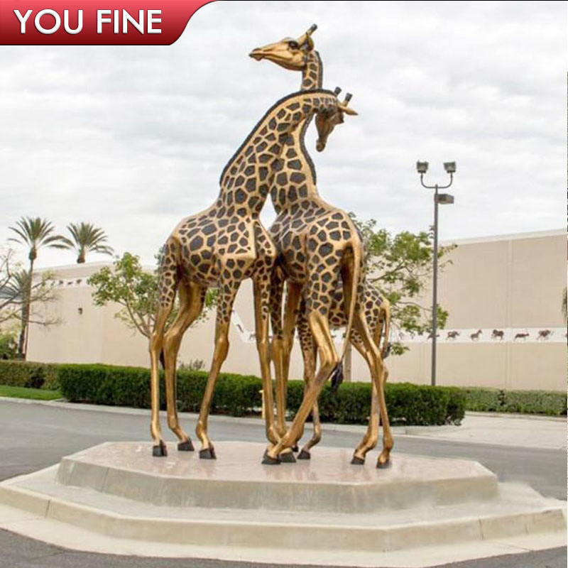 Outdoor Garden Metal Bronze Giraffe Family Sculpture   Buy Giraffe Family  Sculpture,Bronze Giraffe Family Sculpture,Metal Bronze Giraffe Family  Sculpture ...