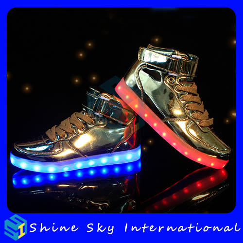 CE Rohs passed usb charging led glowing shoes,light up shoes with optical fiber and sreen casual walking kids led sneaker