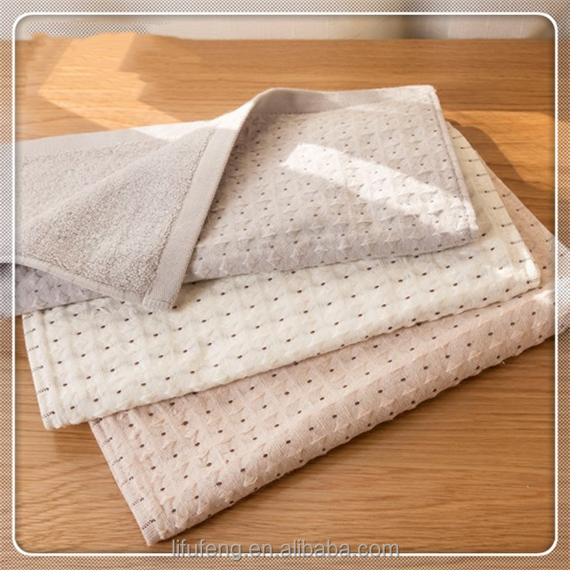 China factory wholesale 100% organic cotton ventilate waffle weave bath towels