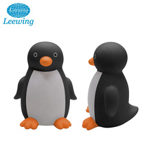 Hot Sale Kids Safe Cute Plastic PVC Vinyl Animal Baby Bath Toys Squeaky Penguin Soft Toy Mini Animal Waterproof Shower Toy