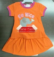 2013 latest fashion style baby 2 pc clothes t-shirt plus skirt kids clothing sets