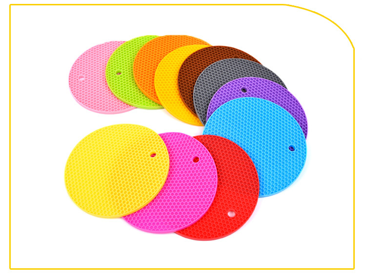 Multipurpose Kitchen Tool Silicone Trivet Mat, Pot Holders, Silicone Coasters For Drink