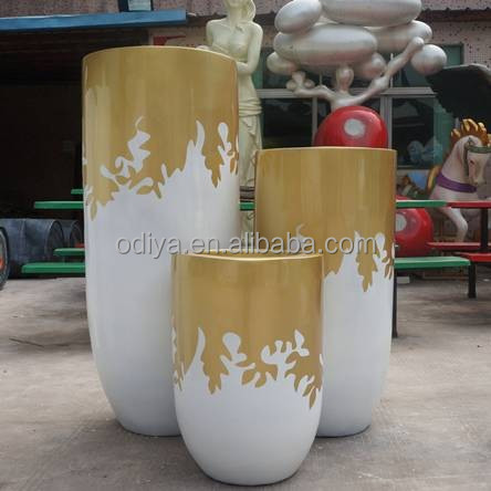 New design fiberglass flower pot and planters one set with three pieces