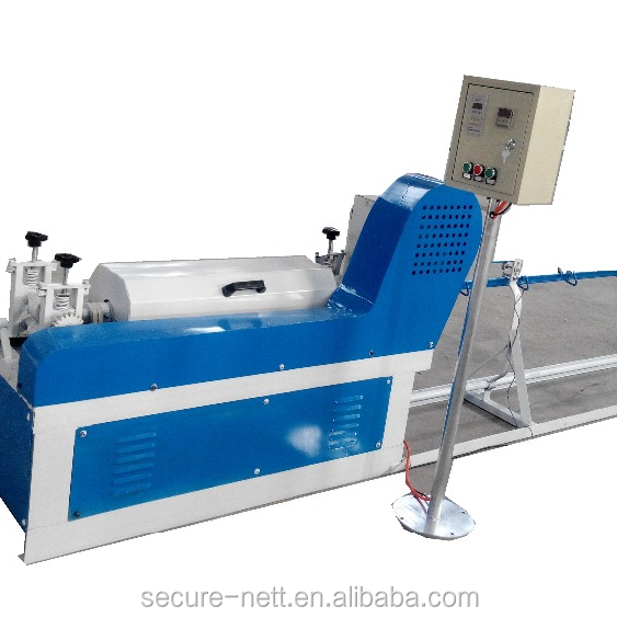 Wire straightening and cutting machine and wire straightening cutting machine automatically for wire mesh welding machine