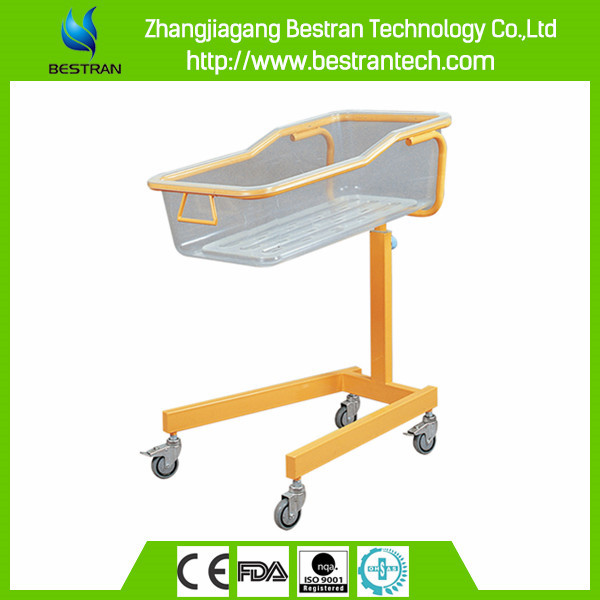 China BT-AB110 hospital adjustable baby bassinet/ baby cot/ baby cribs with tray and silent wheels