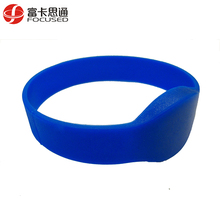 Programmable 13.56mhz Rubber Silicone Chip Wristband