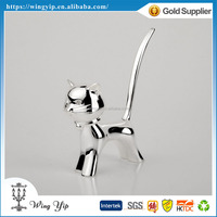 OEM and ODM trendy Free sample Wedding giveaway gift Cat Shape Metal Ring Holder