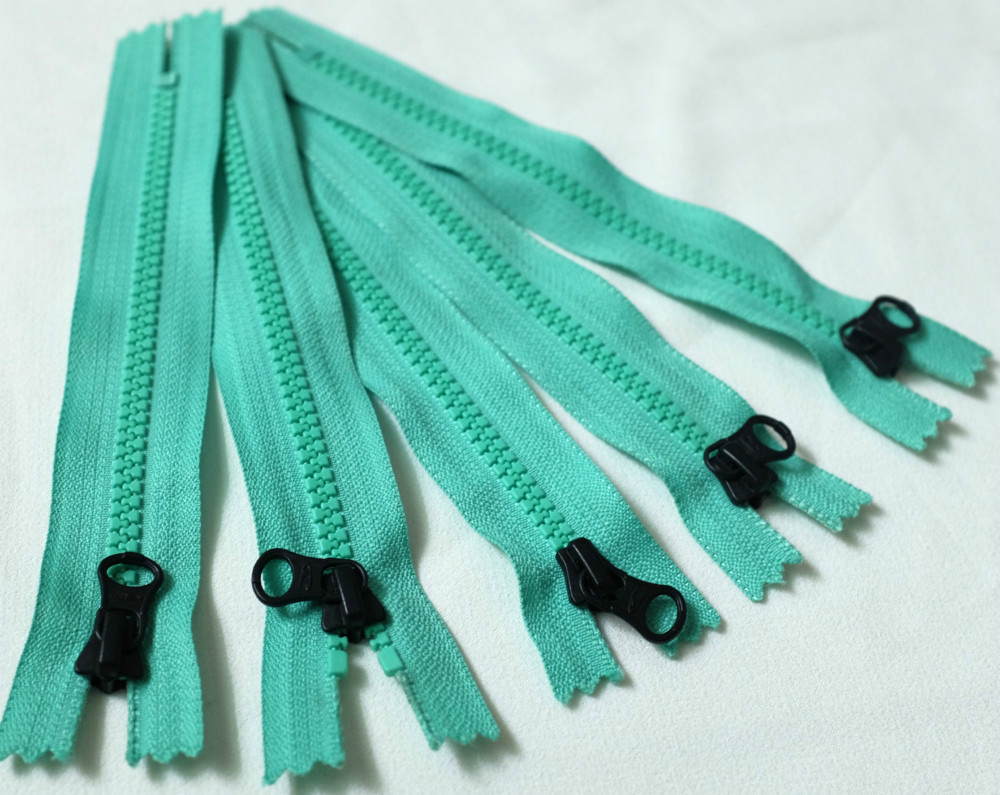 YKK mint turquoise/green colored plastic resin zipper for sewing chunky plastic zips fashion decorative zipper