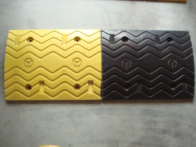 1000*350*70mm rubber products for traffic calming