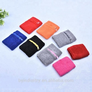 Wholesale outdoor sporting basketball badminton functional zipper pocket support wrist sweat band