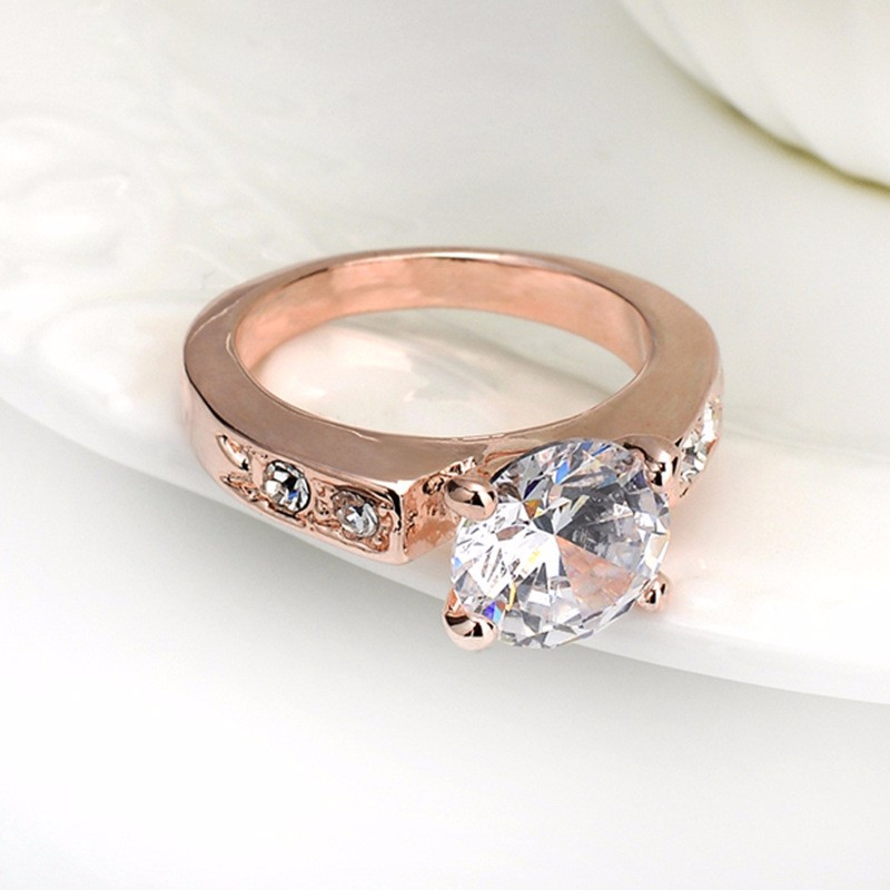 2 gram gold beautiful designed wedding diamond ring