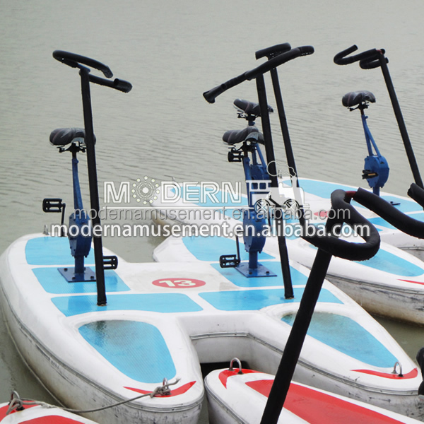 water pedal bike,3 big wheels water tricycle bike