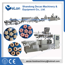 automatic machine for core-filling snacks manufactures