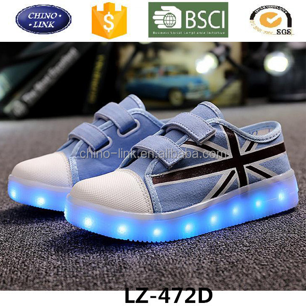 Good quality sport canvas shoe with light low price led shoes kids sneakers manufacturers direct wholesale