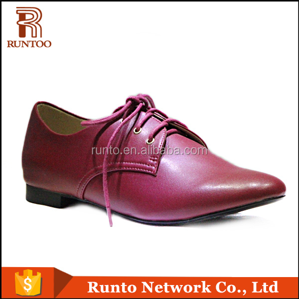 Wholesale leather material upper flat sole women red tag shoes made in China