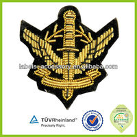 High quality/Customized Design for government military gold color army badge