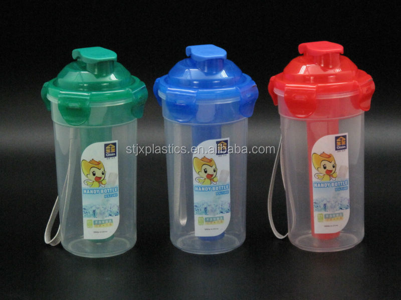 bpa free plastic water bottle with ice tube