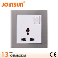 13A universal socket with switch 15 amp switched socket