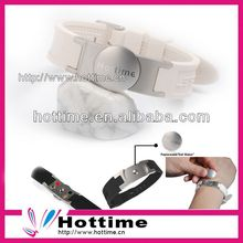 Silicone pure energy bracelet with metal connector