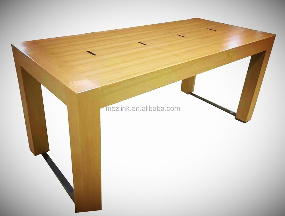 Display platform perfect for showing digital products/advertising and negotiating table