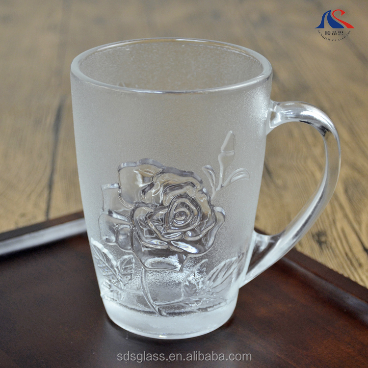 Cheap Price 450ml Rose Engraved Design Promotional Frosted Beer Mug with Custom Logo
