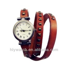 2014 Trendy China Wholesale Korean Vintage Style promotional giftl Watch with Long Strap