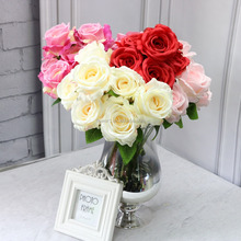 FlowerKing factory direct sale high quality decorative 7 heads yiwu artificial flower wedding mini fabric rose flower