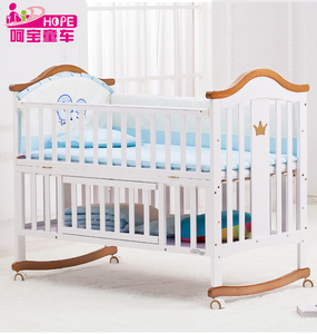 pine wood material baby cot bed with white Color