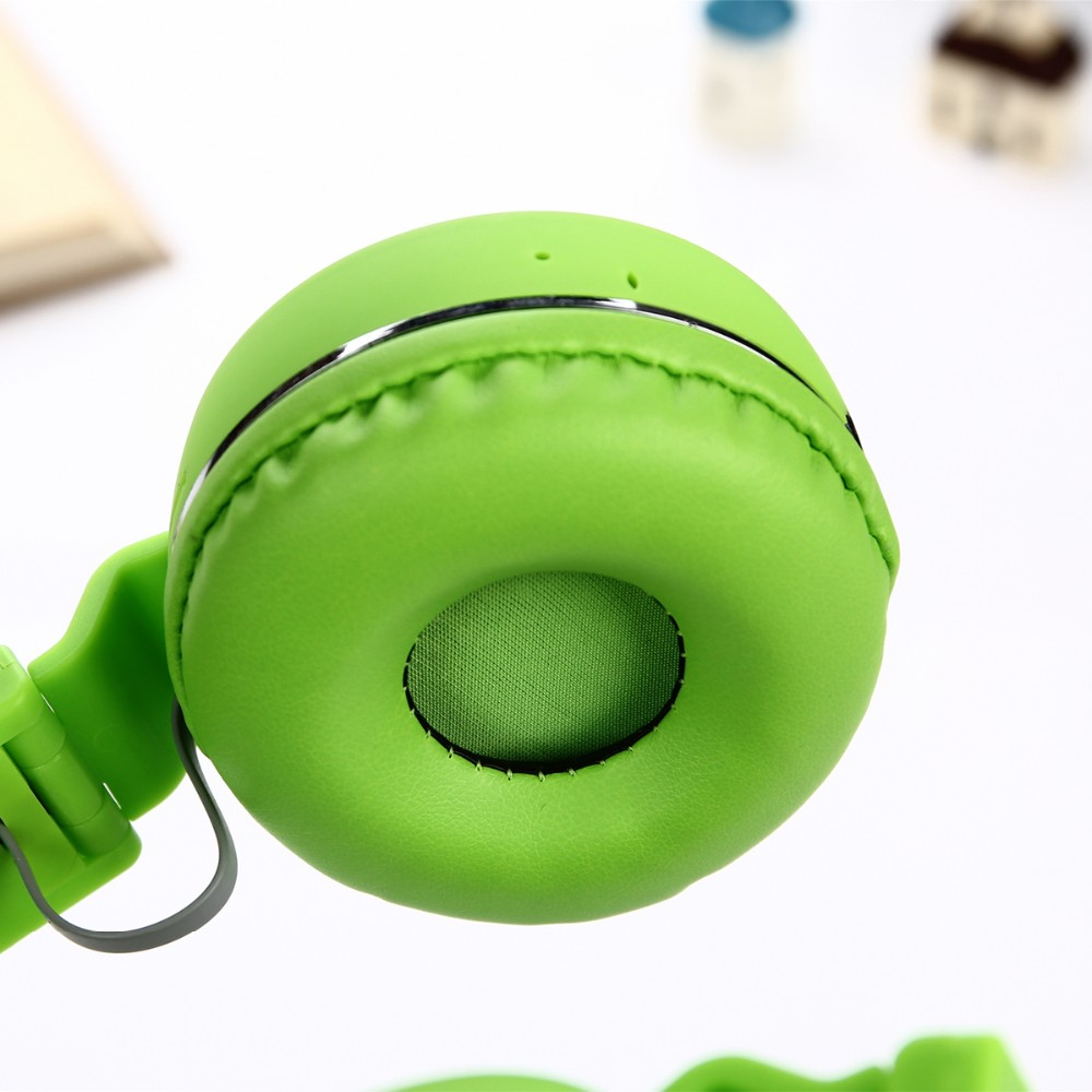 Foldable BT Headphones Stereo 3.0 Headsets 3.5mm Wired Hands Free Earphone With Four Colors