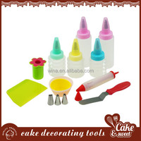 Food quality silicone+plastic cutting tools in baking