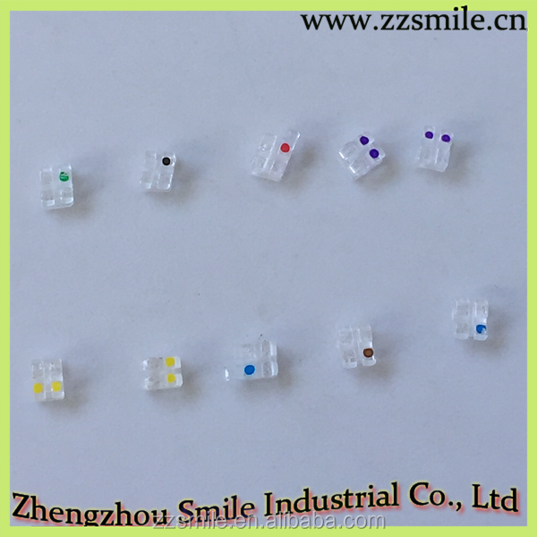 Dental Orthodontic Brackets/Orthodontic Materials Single Crystal Sapphire Brackets 022 3with Hook