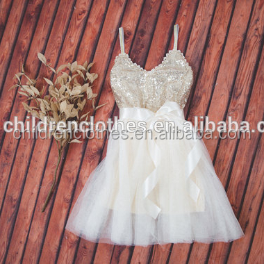 Fashionable Princess With White Decoration For Girls Sleeveless Shiny Clothes Dancing Dress
