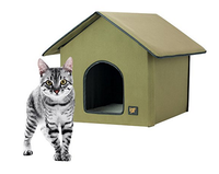 Heated green cat house