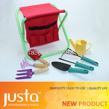Promotional red garden tote tool set