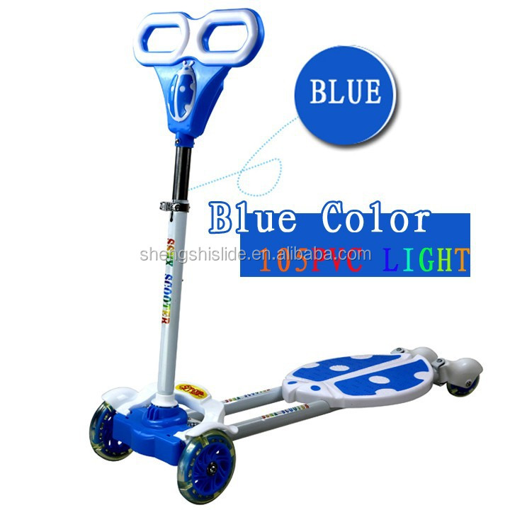 hot selling 4 flashing wheels frog swing scooter