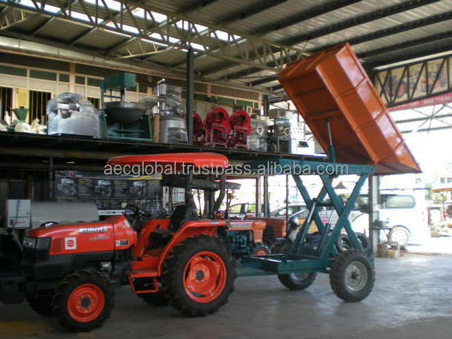 Kubota Tractor with Hydraulic Damper