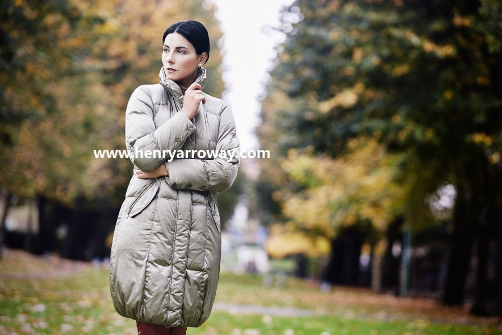 Long warm winter feather down coat for ladies classic fashion european style from Henry Arroway Spain